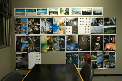 凸版印刷二平工場・印刷立ち会い室